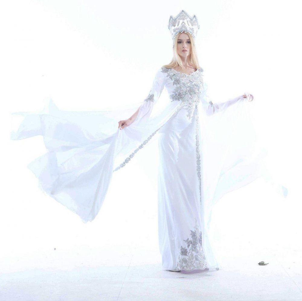 В ее копилке звание первой Вице Мисс Татарстан 2015, она входила в топ-15 красавиц мировых конкурсов красоты.