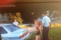 Пьяный водитель управлял чужим автомобилем.