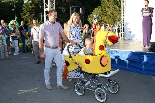 В День города тюменцев ждет очередной Парад колясок