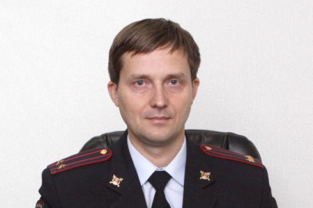 Самылкин - выпускник Омской академии МВД России.