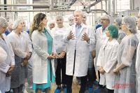 Сергей Собянин за неделю успел съездить на фабрику мороженого и пообщаться с сотрудниками Московского эндокринного завода.