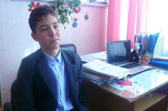Игорь Григорьев получил диплом за лучшее воспоминание ветерана.
