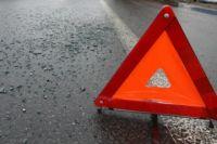 В Тюмени перевернулось такси: иномарка не уступила ему дорогу
