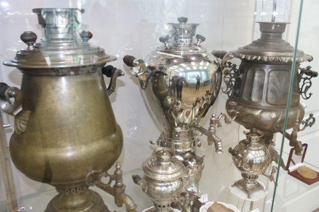 «Банка», «яйцо» и  «желудь»: Оренбуржцы смогут увидеть старинные самовары.