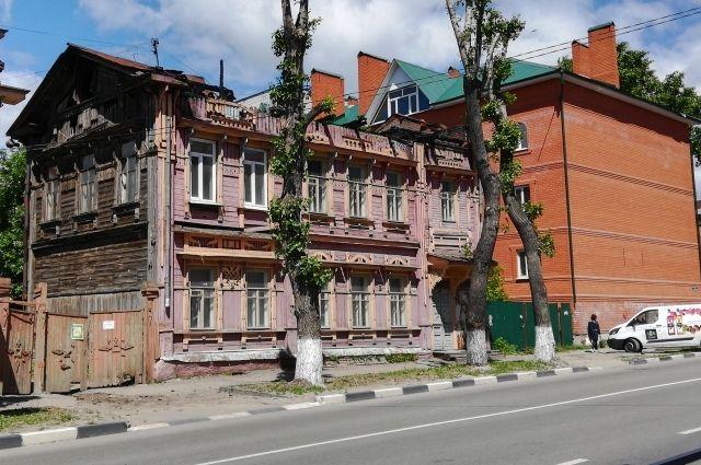 Это Ульяновск, здание на улице Крымова, уже без крыши.
