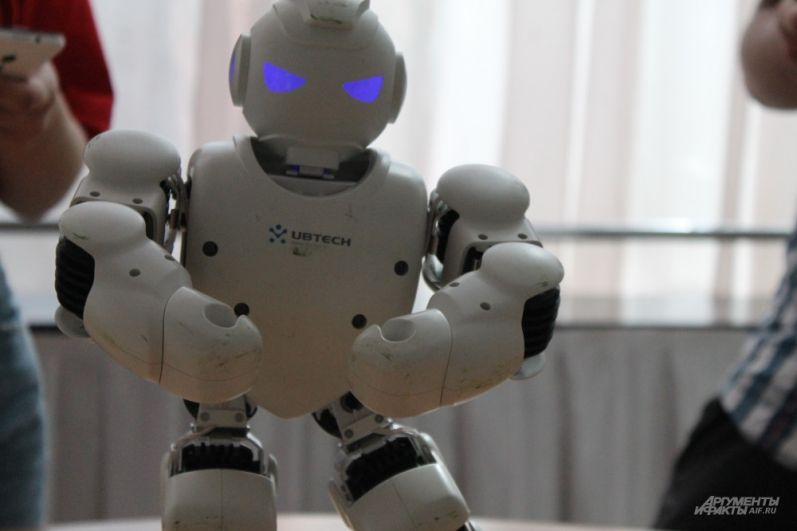 Знакомьтесь, я робот!