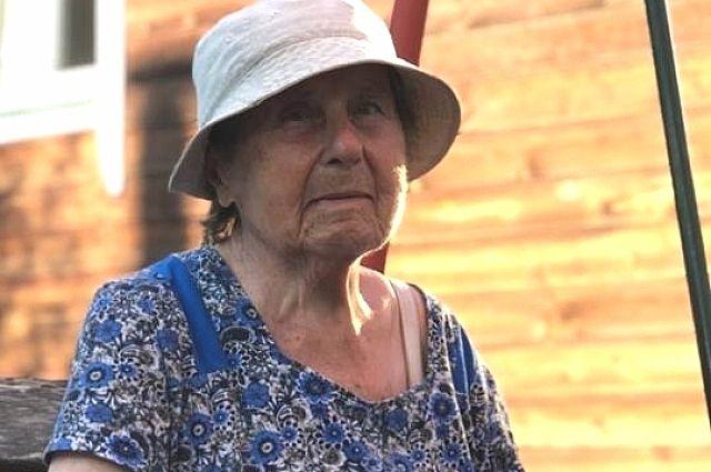 92-летняя бабушка вышла изгоспиталя вУфе втапочках ипропала