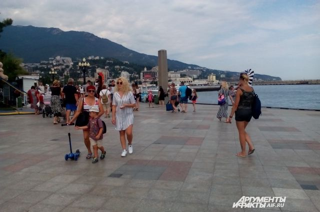 Число туристов вКрыму загод выросло на800 тыс. человек