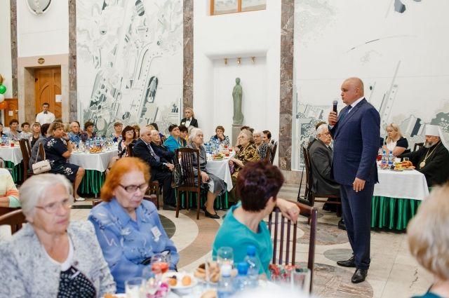 Сергей Цивилев встретился с вдовами, матерями и детьми погибших шахтеров.