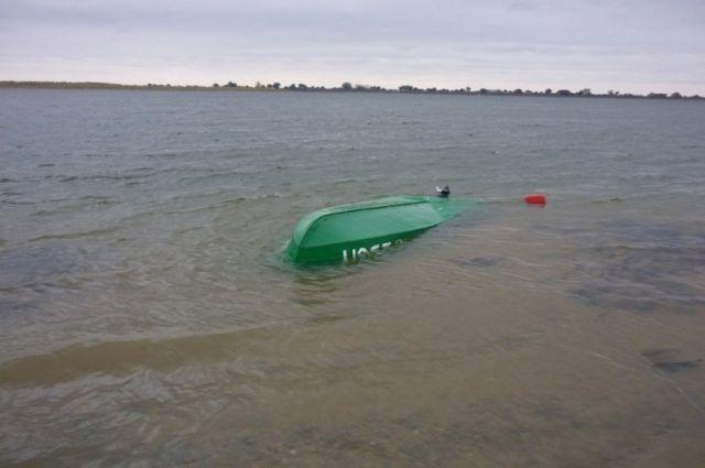 На Ямале в полночь перевернусь лодка, утонул шестилетний ребенок