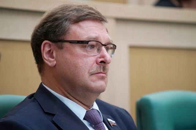 ВСовфеде пояснили смысл законодательного проекта овизовых центрах