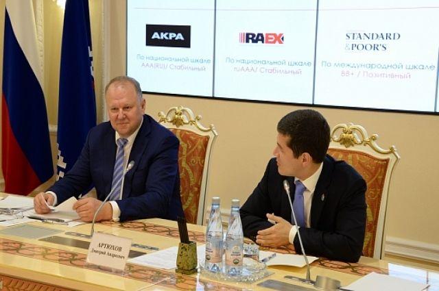 Дмитрий Артюхов и Николай Цуканов обсудили социально-экономическое развитие