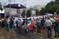 Тюменский Парад колясок не испугался дождя