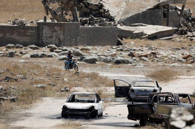 Центр попримирению: боевики вСирии сдали три танка идве гаубицы