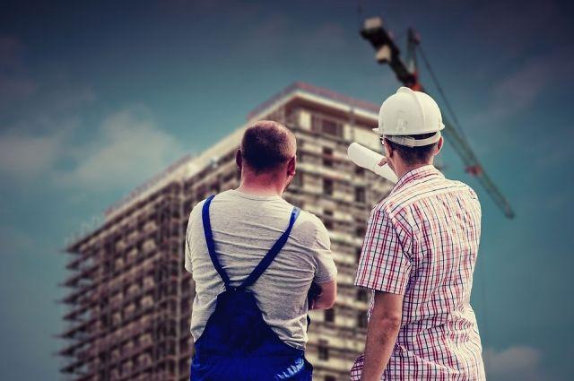 В Новом Уренгое не хватает строителей и педагогов
