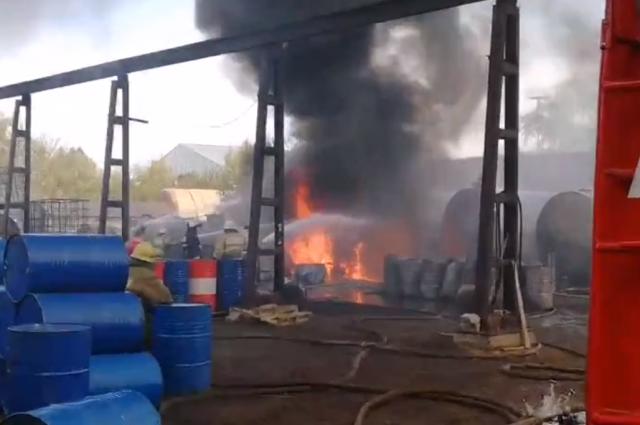 Пожар потушили через пять часов.