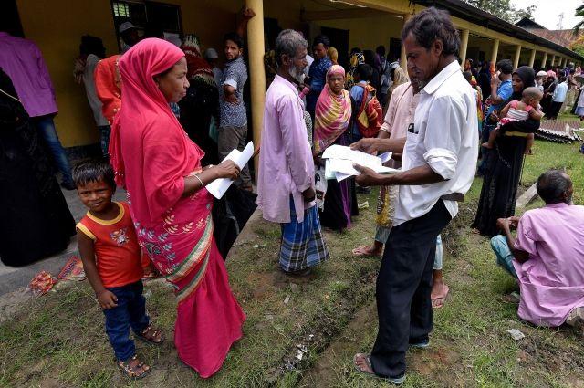 Власти Индии лишили гражданства около 4 млн мусульман
