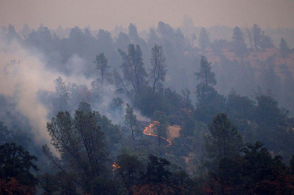 Пожары к западу от Реддинга.