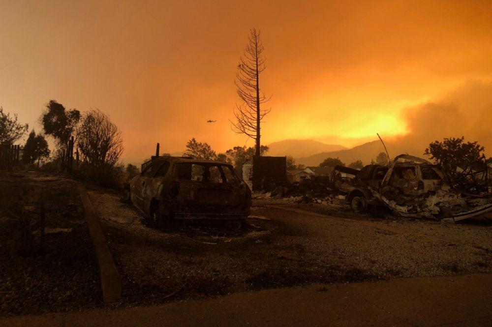 Лесные пожары, бушующие вблизи города Кесвик.