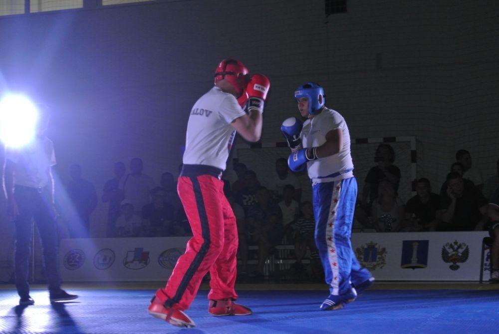Первый бой по правилам кикбоксинга