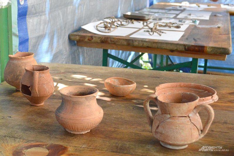 ...а вот такую приобретали у соседей, в античных поселениях