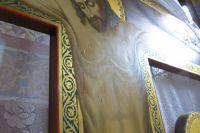 На изображении тела Иисуса Христа, распятом на кресте, священнослужители обнаружили капельки
