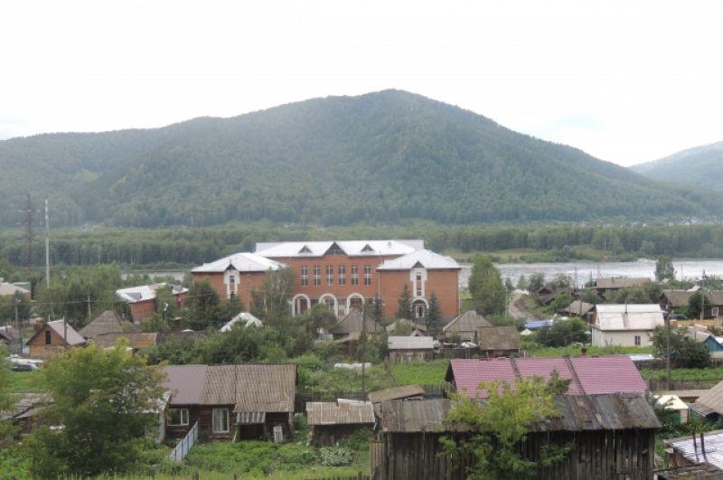 Школа, которую построили при поддержке Ярыгина.