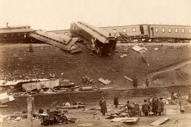 Авария Императорского поезда произошла в 1888 году, когда царская семья ехала из Крыма в Санкт-Петербург.