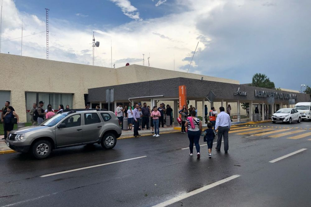 В аэропорту Дуранго после инцидента.