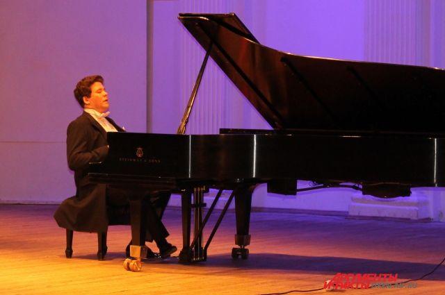 Эмир Кустурица даст бесплатный концерт вИркутске