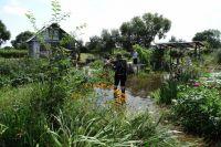 Большинство садоводов выкопали на своих участках картошку, убрали ценные вещи, инструменты на возвышенности.