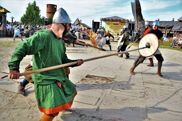 Викинги - воины с сезонной агрессией.
