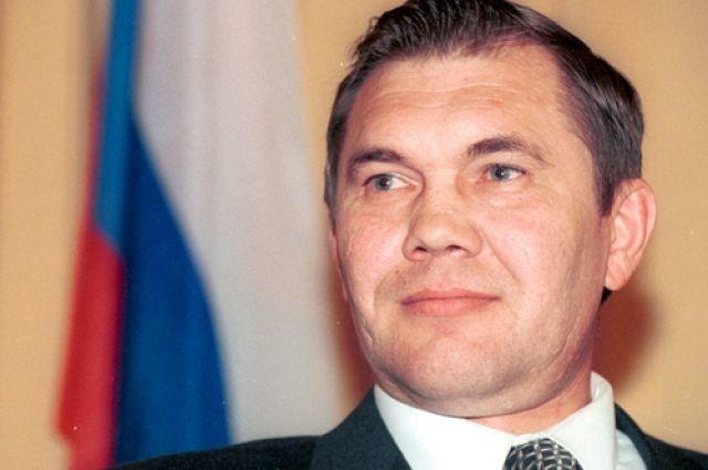 Александр Лебедь: ни на чью сторону я не переходил, я солдат и выполнял приказ.