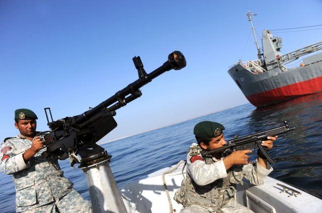 СМИ анонсировали масштабные учения Ирана вПерсидском заливе