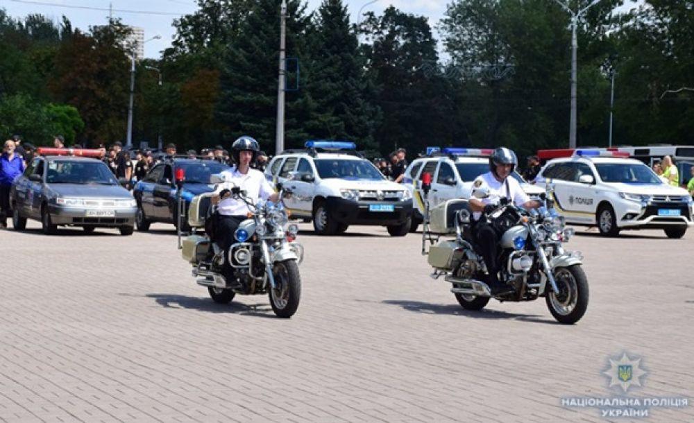 Среди задач полицейских - противодействие преступности и охрана общественного порядка в курортных районах на побережье Азовского моря.