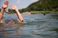В Ноябрьске расследуют причины гибели мужчины на озере Светлое