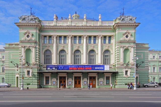 Приверженцев музыки приглашают насерию бесплатных концертов вМариинском театре