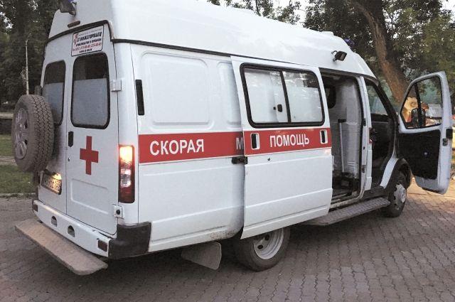 Троих пострадавших увезли в больницы.