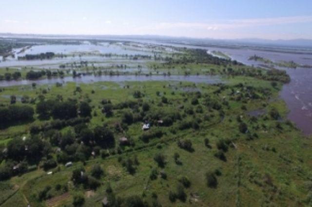 Ко вчерашнему дню в зону подтопления попали 217 дачных участков на территории населенных пунктов Хабаровского района.