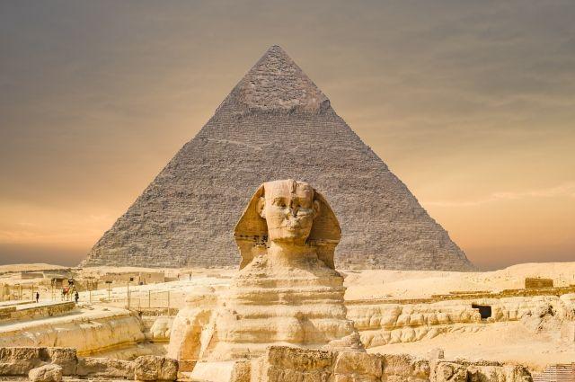 В Египте во время ремонта дороги раскопали новую статую Сфинкса - Real estate