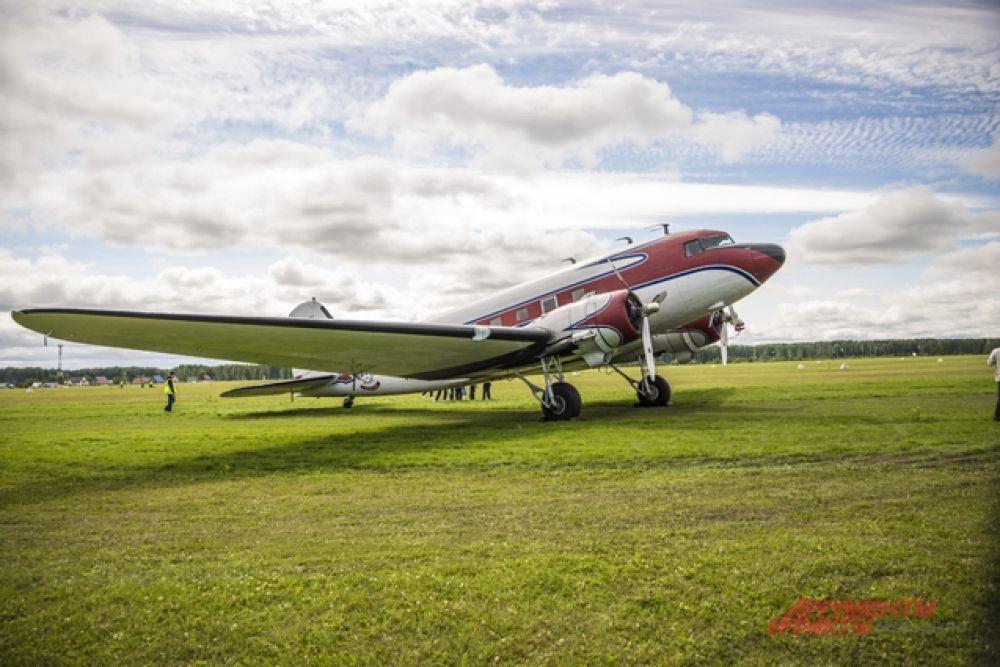 Напоминаем, авиашоу проходит в Новосибирске ежегодно уже с 2001 года, и с каждым годом зрителей в Мочище становится все больше.