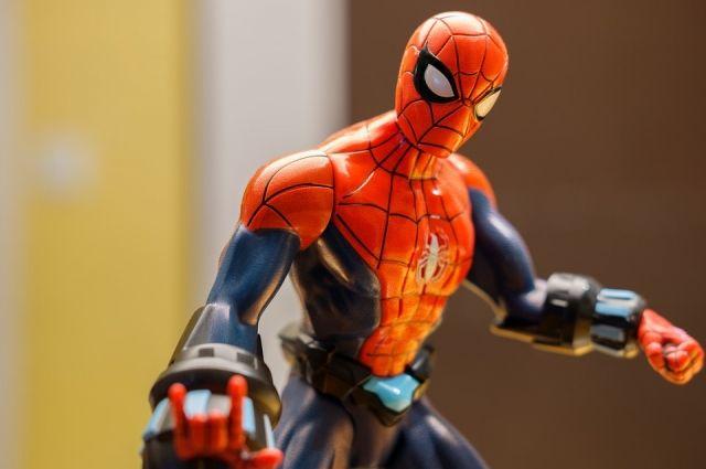 Ноябрьск может спать спокойно, его защитит человек-паук