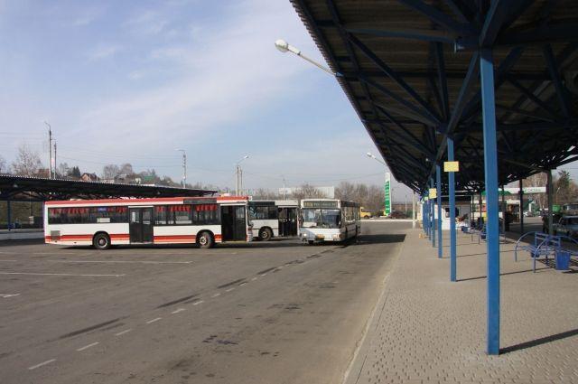 Пассажиров доставили в пункт назначения попутным транспортом