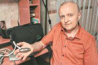 Вот стаким мотором вгруди жил Андрей Бабенчук вожидании операции попересадке сердца.
