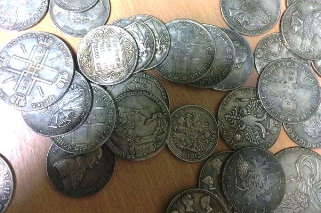 Злоумышленник пояснил, что обнаружил «ценные» предметы в амбаре дома бабушки после её смерти.