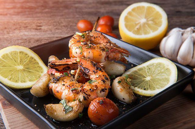 Для жары и стройности. 4 варианта диетического ужина из креветок