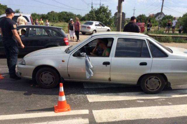 В Одесской области водитель направил машину на участников мирной акции