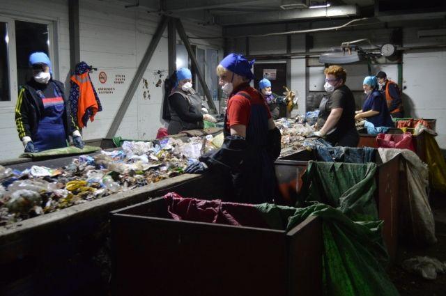 Одна из задач регионального оператора - организация раздельного сбора отходов, после чего они будут отправляться на сортировку и вторичную переработку.