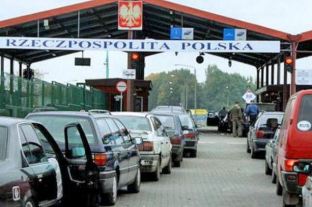 Аналитики рассказали о «черных» и «серых» схемах вывоза товаров из Украины