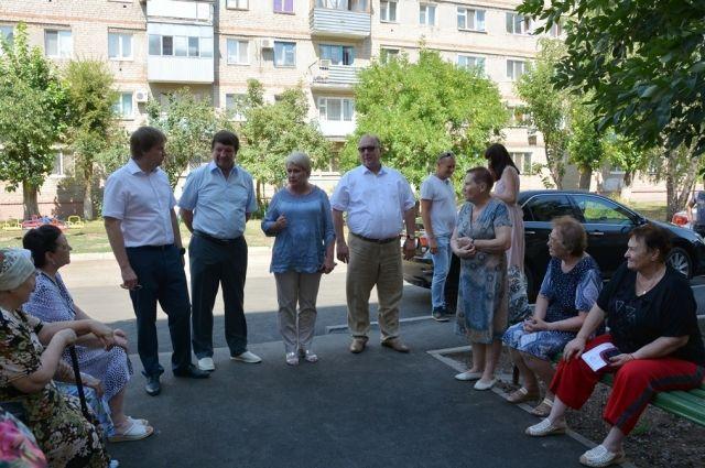 Руководство Горсовета вместе с депутатами проверяют объекты.